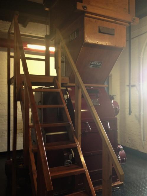 Bowmore Porteus Malt Mill