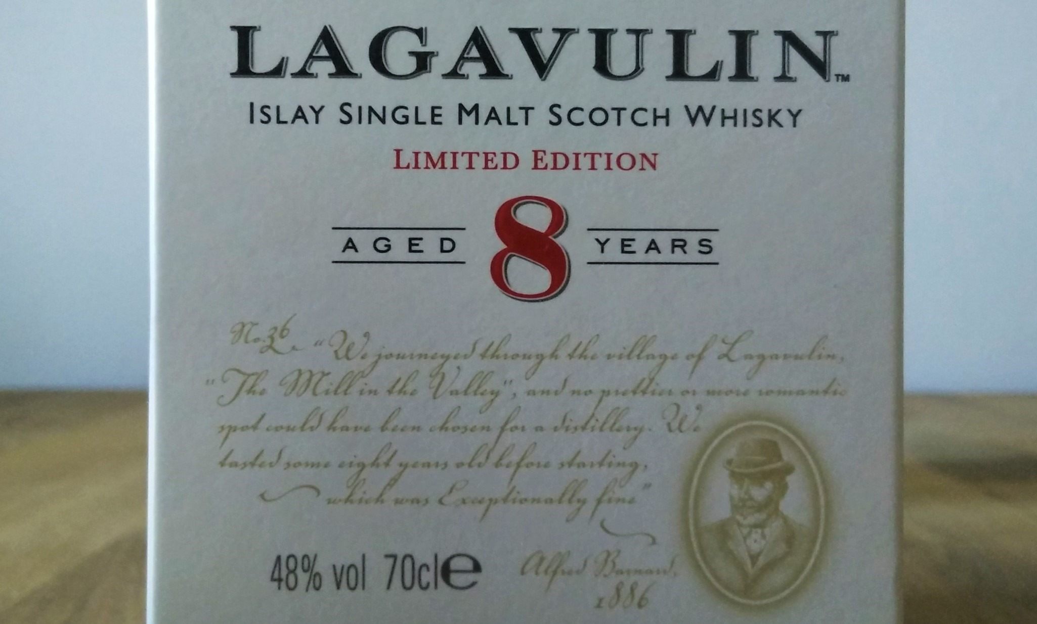 Lagavulin 8 year old review