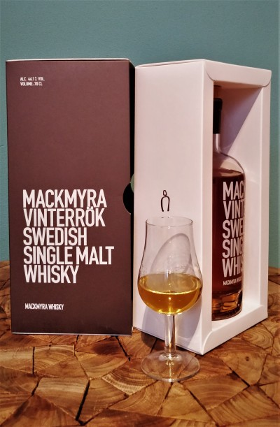 Mackmyra Vinterrök Review 01